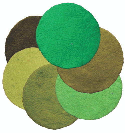 A set of plain green mats in 6 beautiful greens. These mats can form the base of a small world. Size is about 35cmD