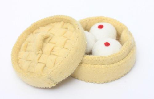 Basket with Mantou
