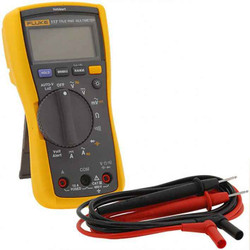 Fluke Electrician Multimeter With Integrated Voltage Detection - FLUKE117