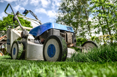 Autumn Lawn Care: 4 Tools to Protect Your Exterior