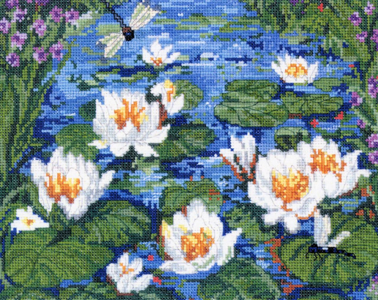 Candamar - Waterlily Garden