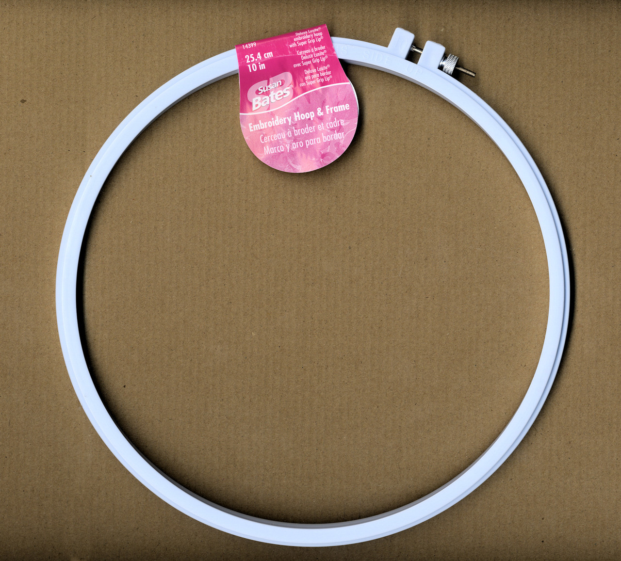 6-Inch Susan Bates Plastic Deluxe Super Grip Embroidery Hoop
