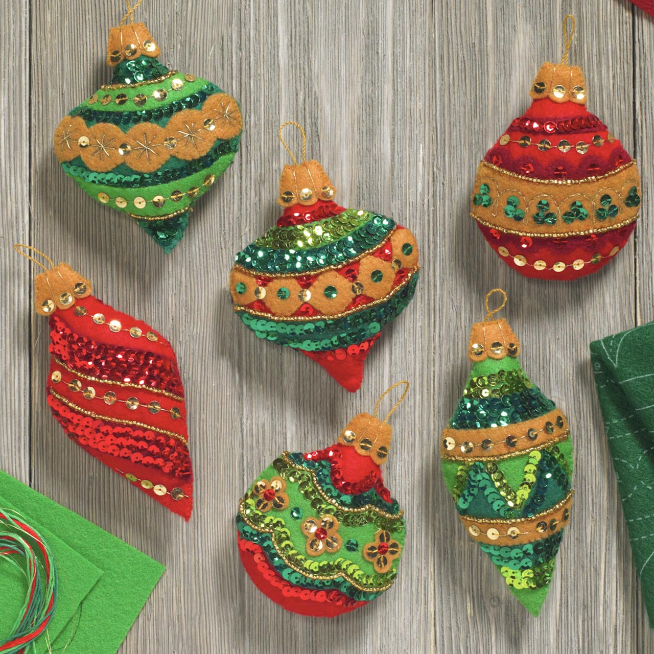 Plaid / Bucilla - Glitzy Ornaments
