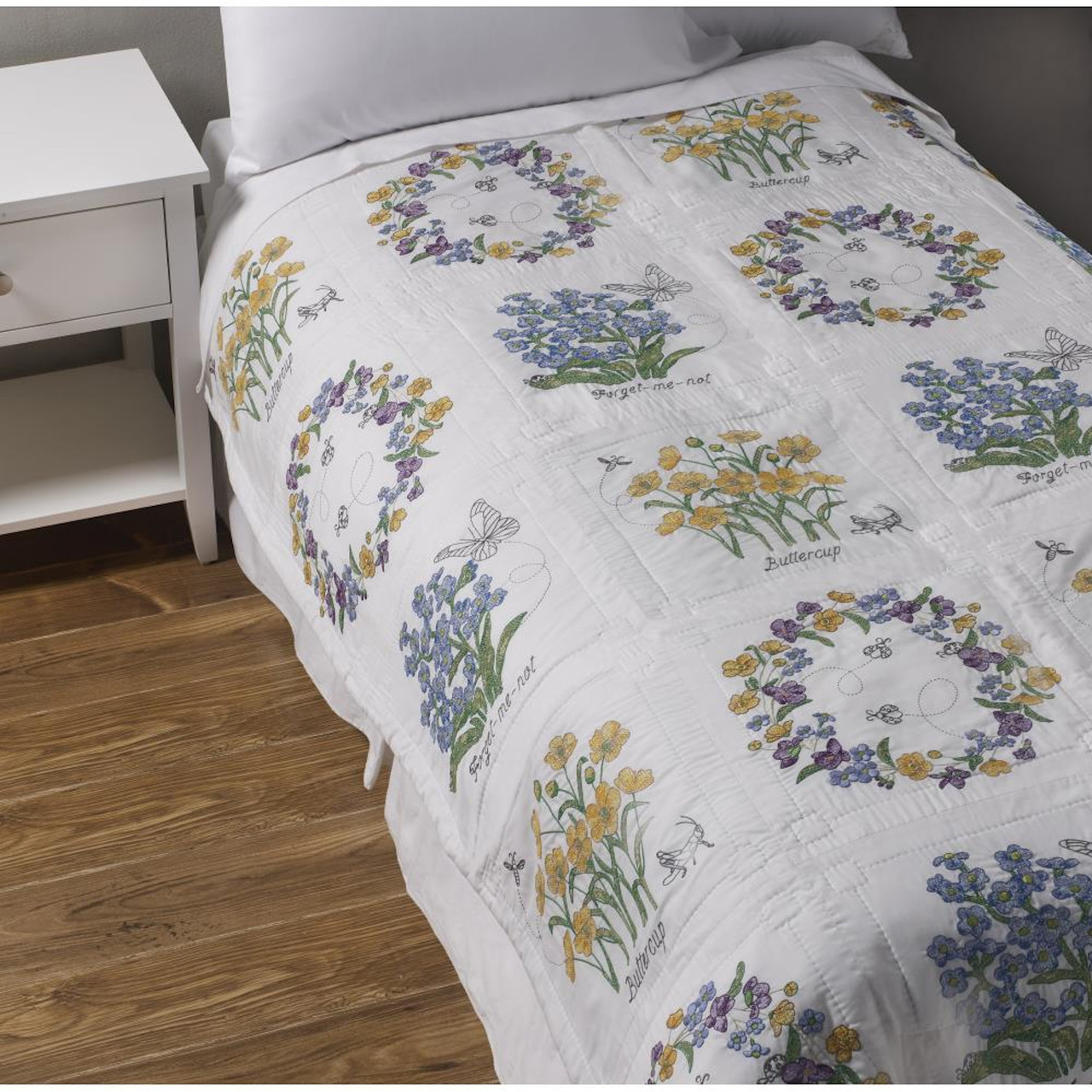 Plaid / Bucilla - Floral Splendor Quilt Blocks