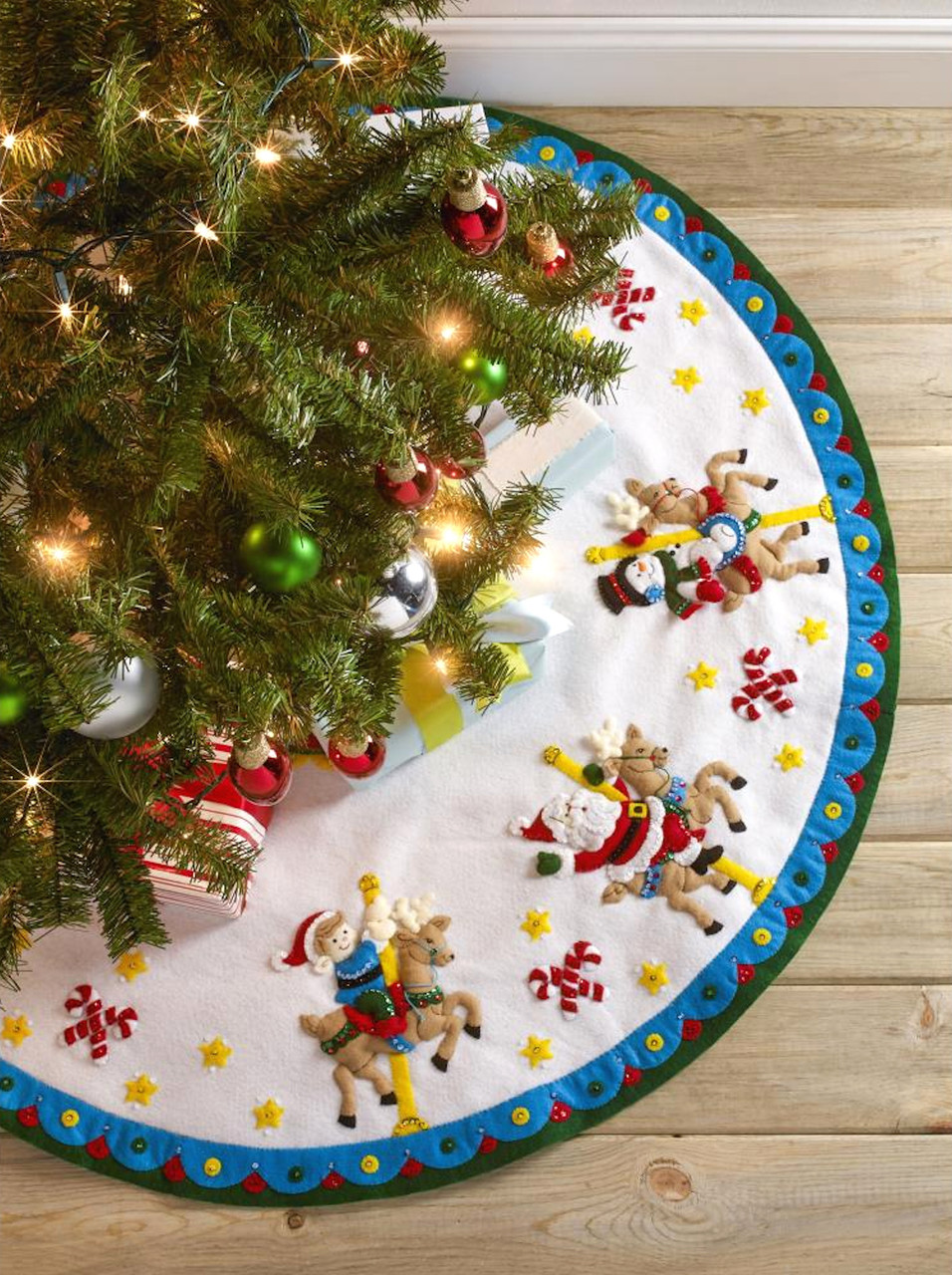 Plaid / Bucilla -  Carousel Santa Tree Skirt