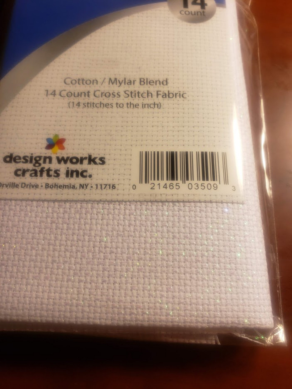 "Design Works - Gold Quality Sparkle 14 Count Aida Fabric 20"" x 30"""