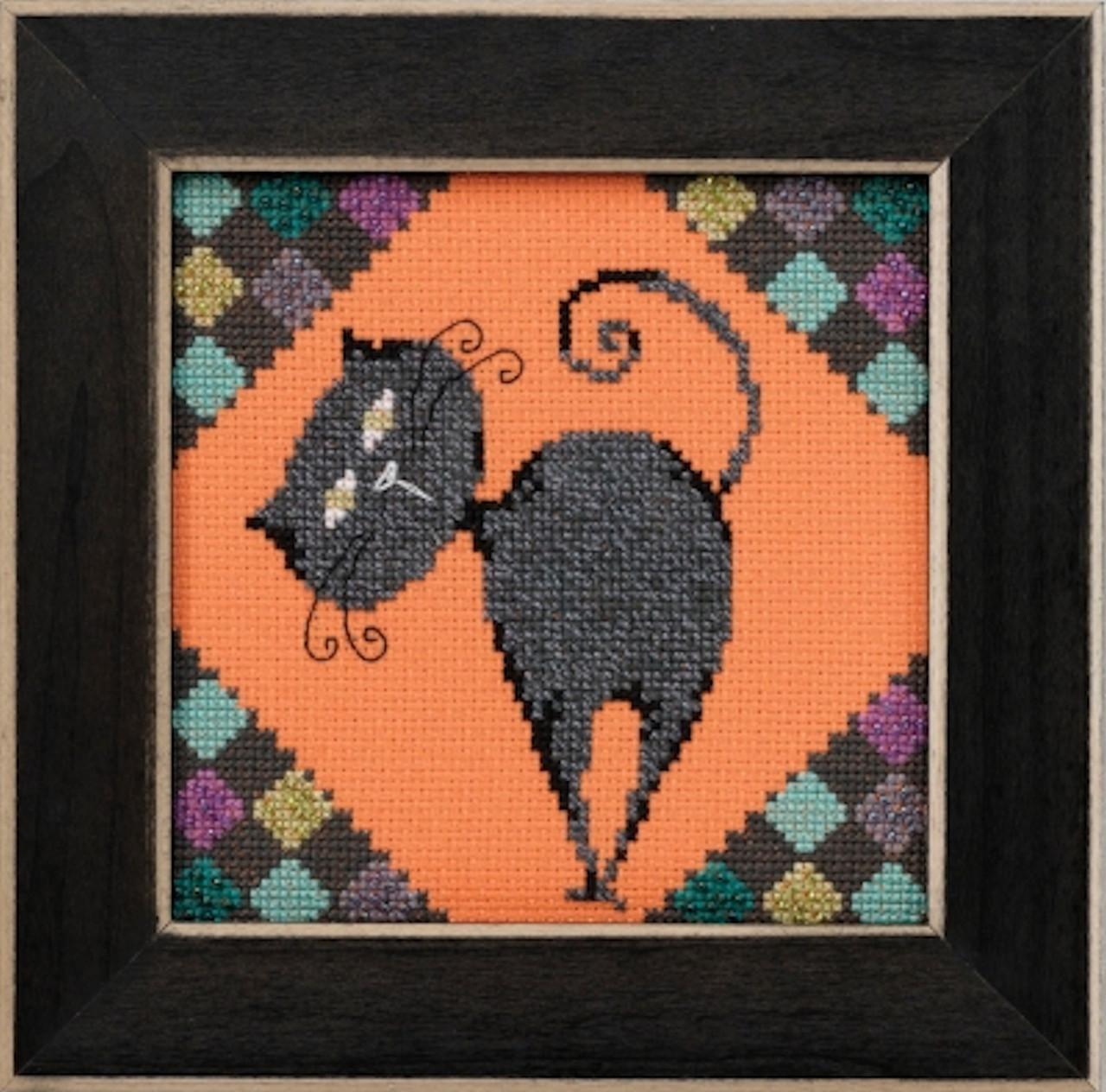 Mill Hill / Debbie Mumm - Cinder Alley Cat