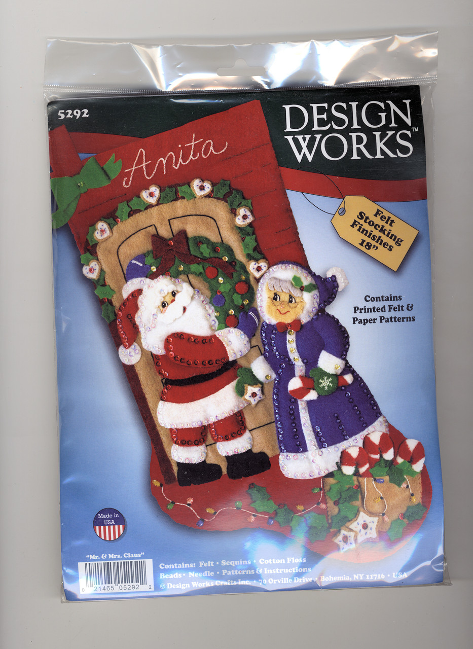 Design Works -  Mr. & Mrs. Claus Stocking