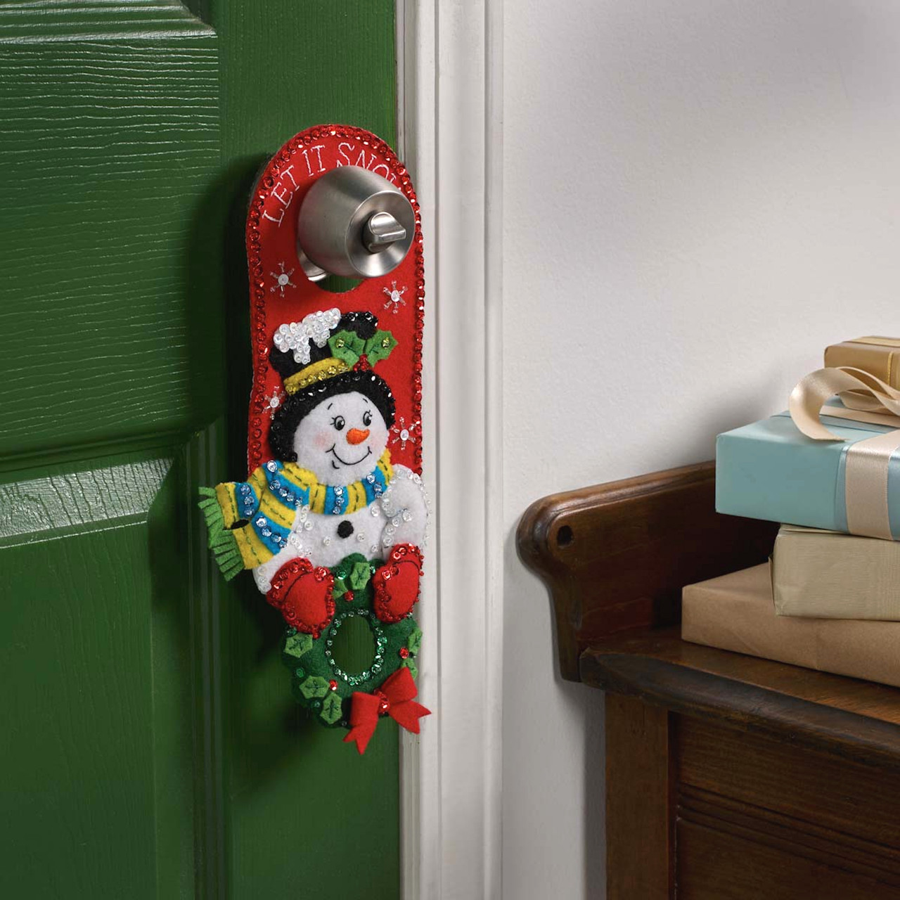 Plaid / Bucilla - Christmas Greetings Door Hangers