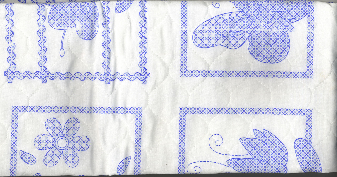 Plaid / Bucilla - Sophie Crib Cover