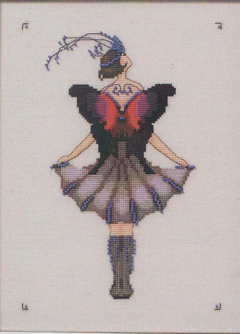 Nora  Corbett - Miss Lole's Daggerwing