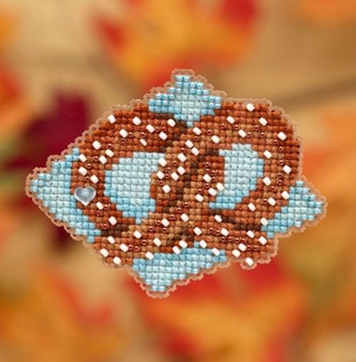 Mill Hill 2019 Autumn Harvest Collection - Pretzel Ornament