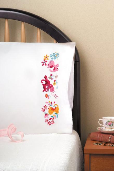 Design Works - Yarn Kittens Pillowcases (2)