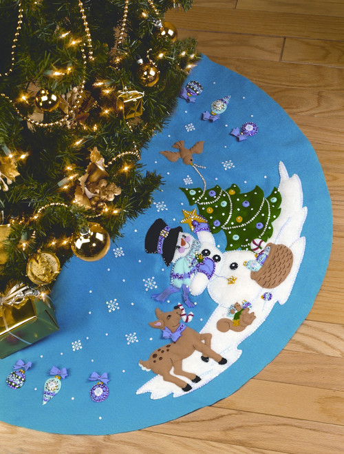 Design Works -  Frosty Fun Tree Skirt