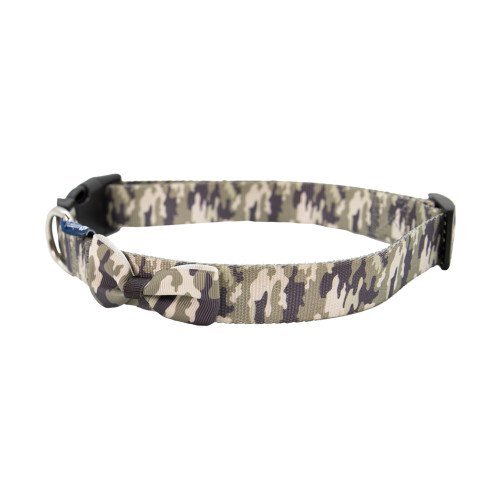 Medium Camoflage Collar by Simply Southern