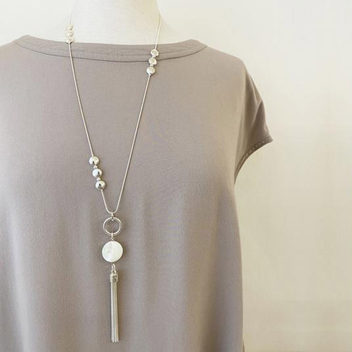 Collier Necklace Silver Adjustable Necklace With Metallic Discs, Natural Shells And Multi Chains Tassel by Caracol