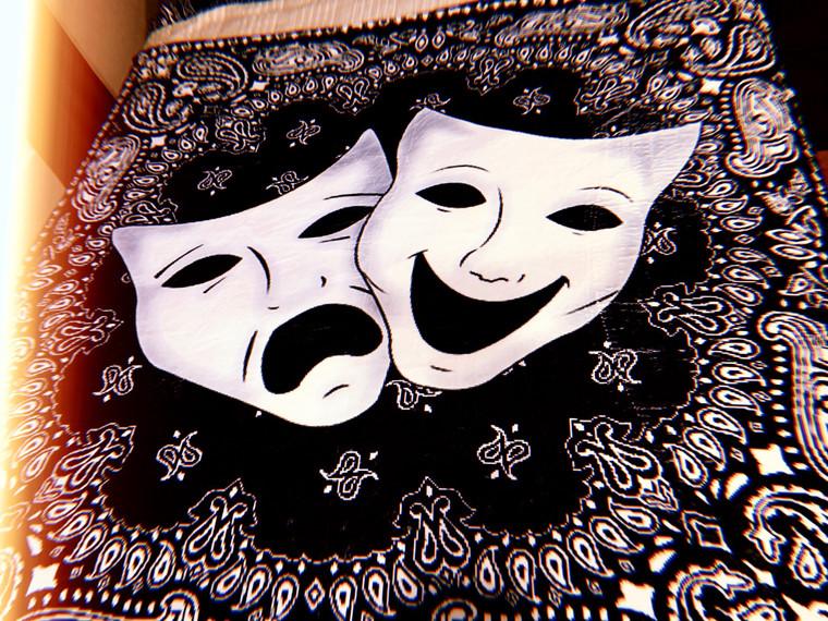 Smile Now, Cry Later Bandana Fleece Blanket (BLACK)
