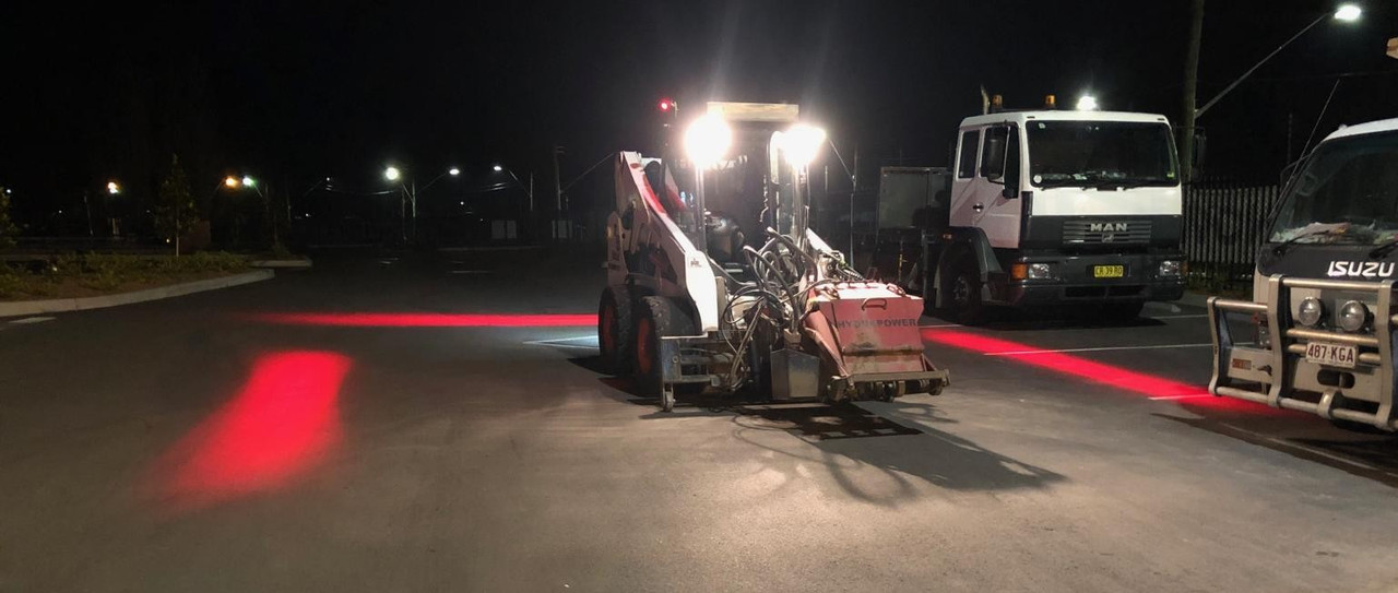 Safety Halo System fitted to a Skid Steer - Night Work. Contractor to EDI Downer