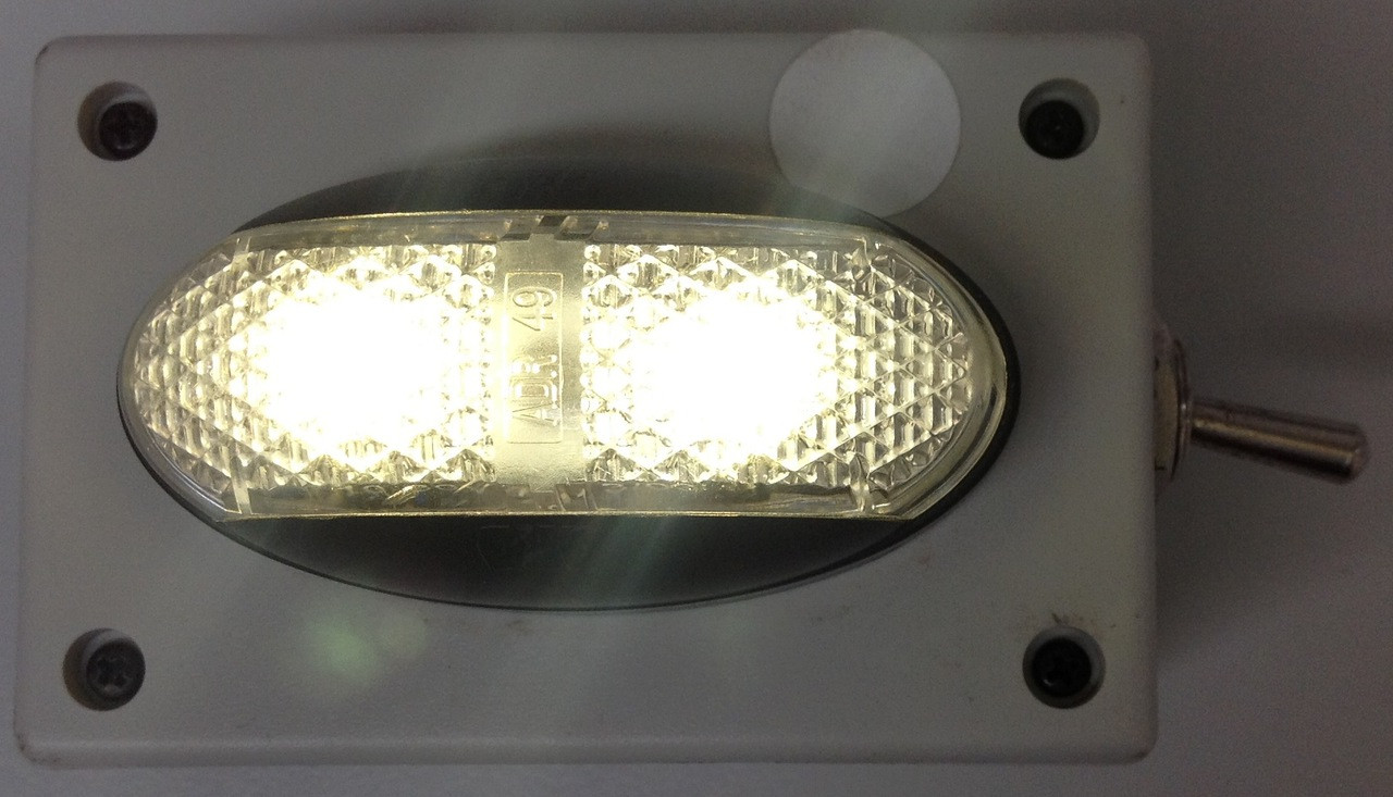 Battery Operated White Clearance Light. Oversize, Over Dimension, Magnetic Mount Clearance Lights are hand made by Ultimate LED. Made in Australia.