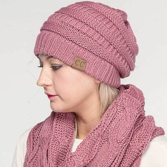 SOLID RIBBED KINITTED BEANIE HAT