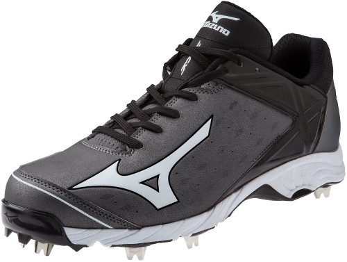Mizuno 9-Spike Adv Swagger 2 Low Metal Baseball Cleat 320480