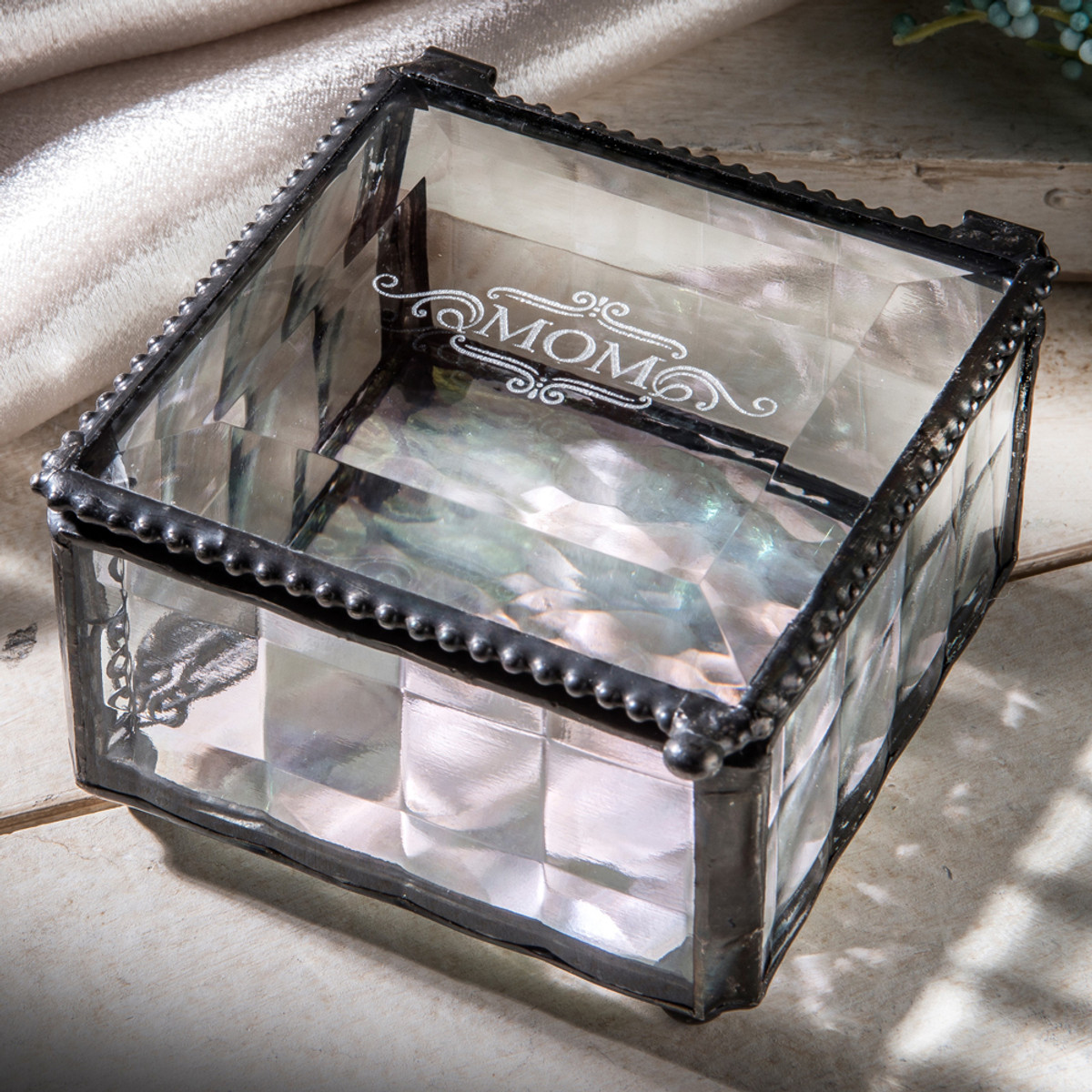 Mom Engraved Clear Cube Jewelry Box Mother S Day Gift