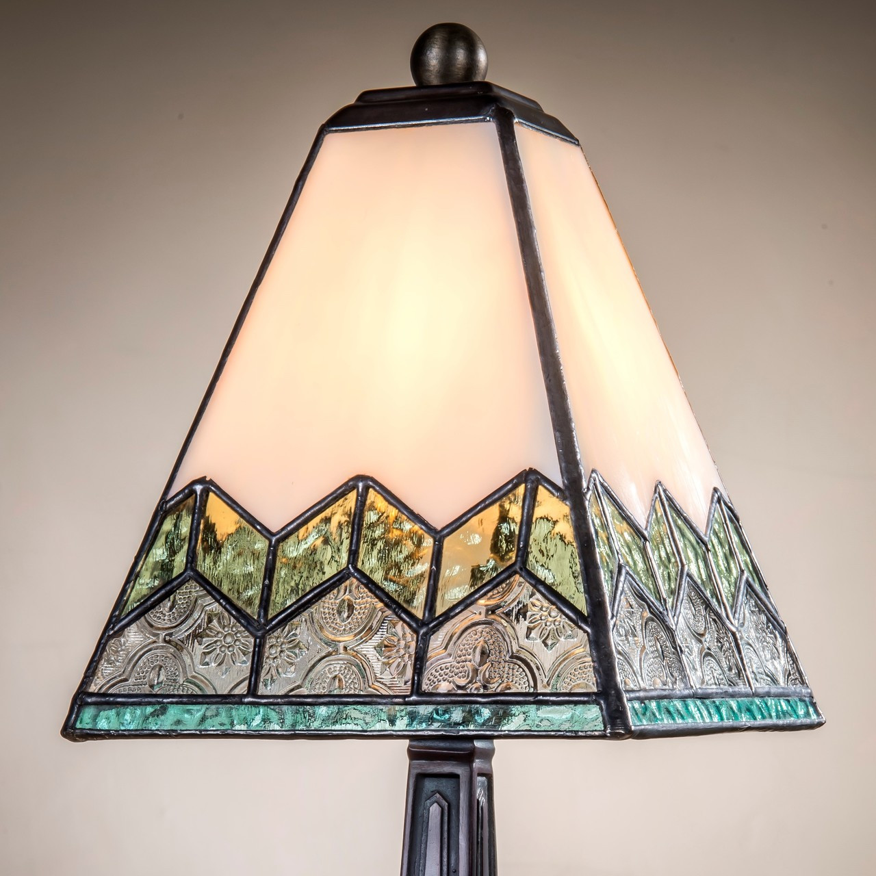 small lamp blue green accent lighting tiffany stained glass mission craftsman home decor bedroom dresser shelf entryway j devlin lam 698 tb