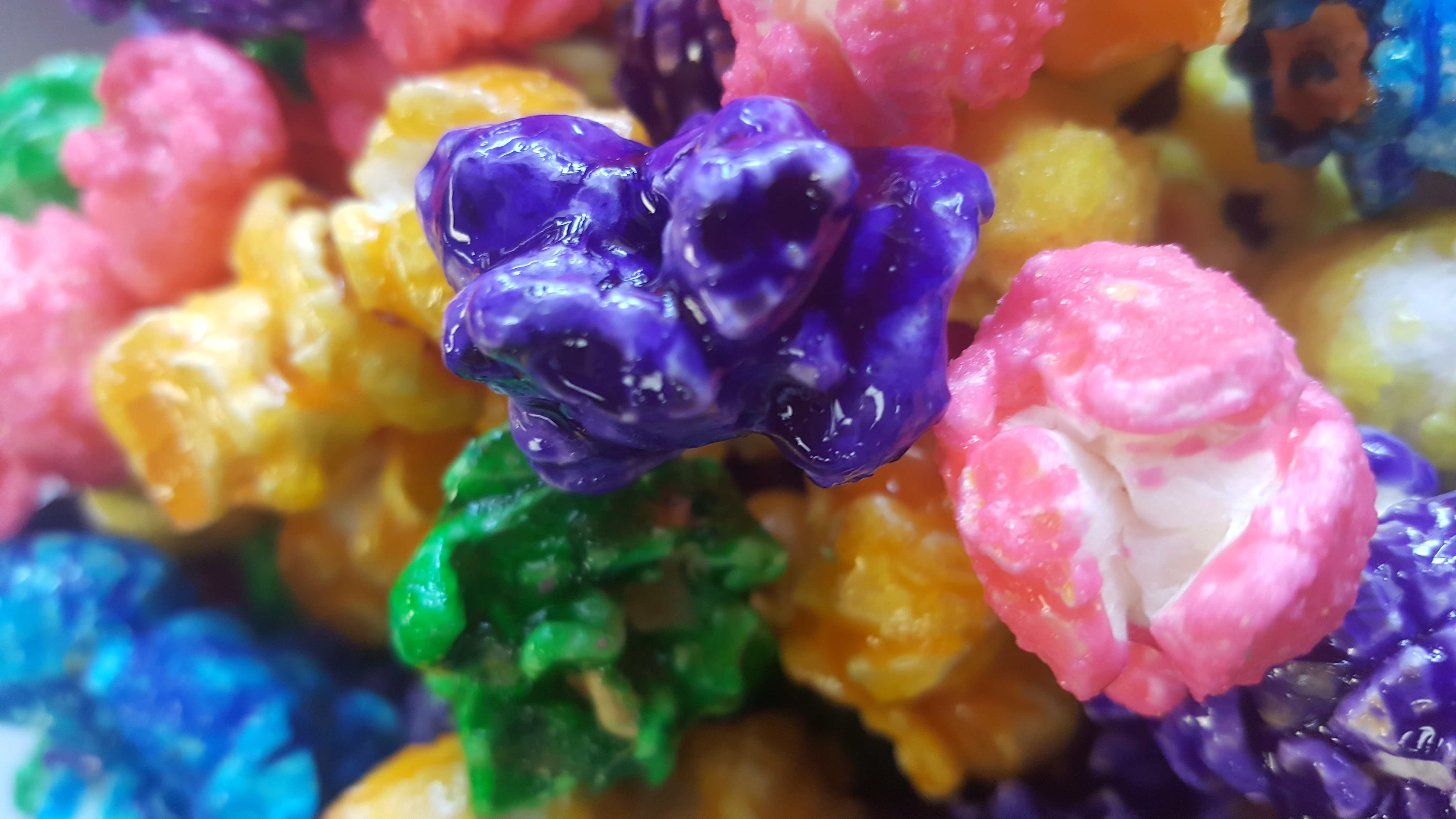 Fruity Pops Candied Popcorn