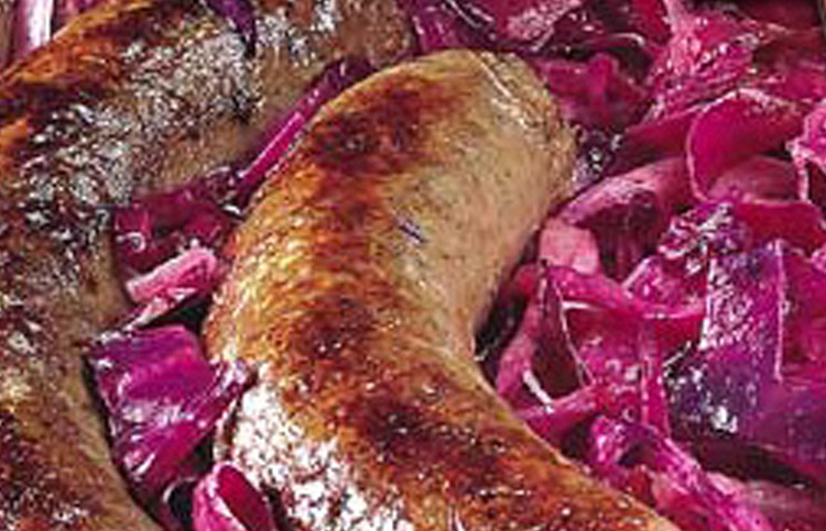 German Sausages with Apples and Cabbage: Easy Recipe