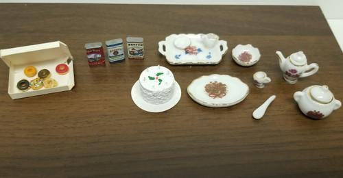 Miniature Dollhouse Food & Dining LOT