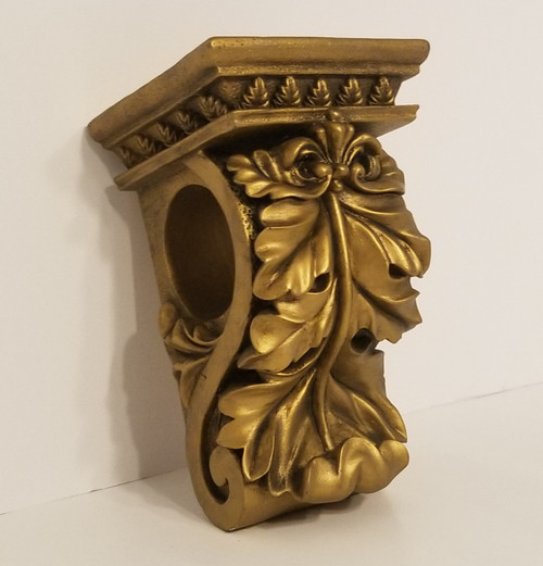 Resin & Ornate Gold Toned Acanthus Leaf Drapery Wall Sconce