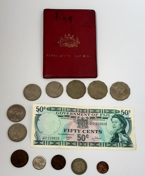 14 Pc Queen Elizabeth II Currency LOT/Royal Australian Mint/FIJI