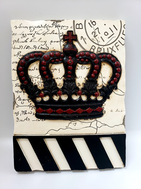 New View Gifts and Accessories Crown Wall Décor