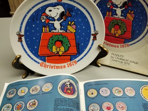 PEANUTS 1979 Christmas Plate