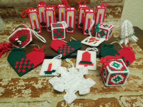 20 Pc Lot M Vtg Knitted Christmas Tree Ornaments