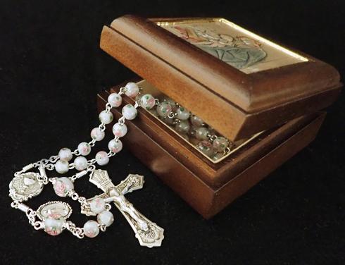 Sisters of Carmel: Handmade Rosaries