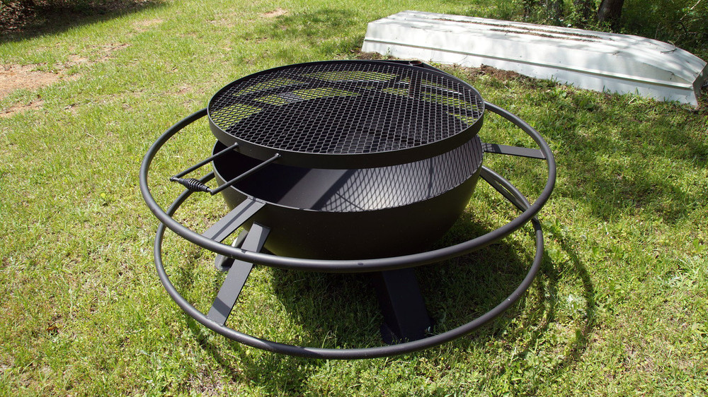 37 inch outdoor fire pit with removable grill top