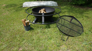 heavy duty fire pit made in Texas with swivel grill top