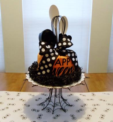 17 pc. Happy Halloween Kitchen Towel Cake