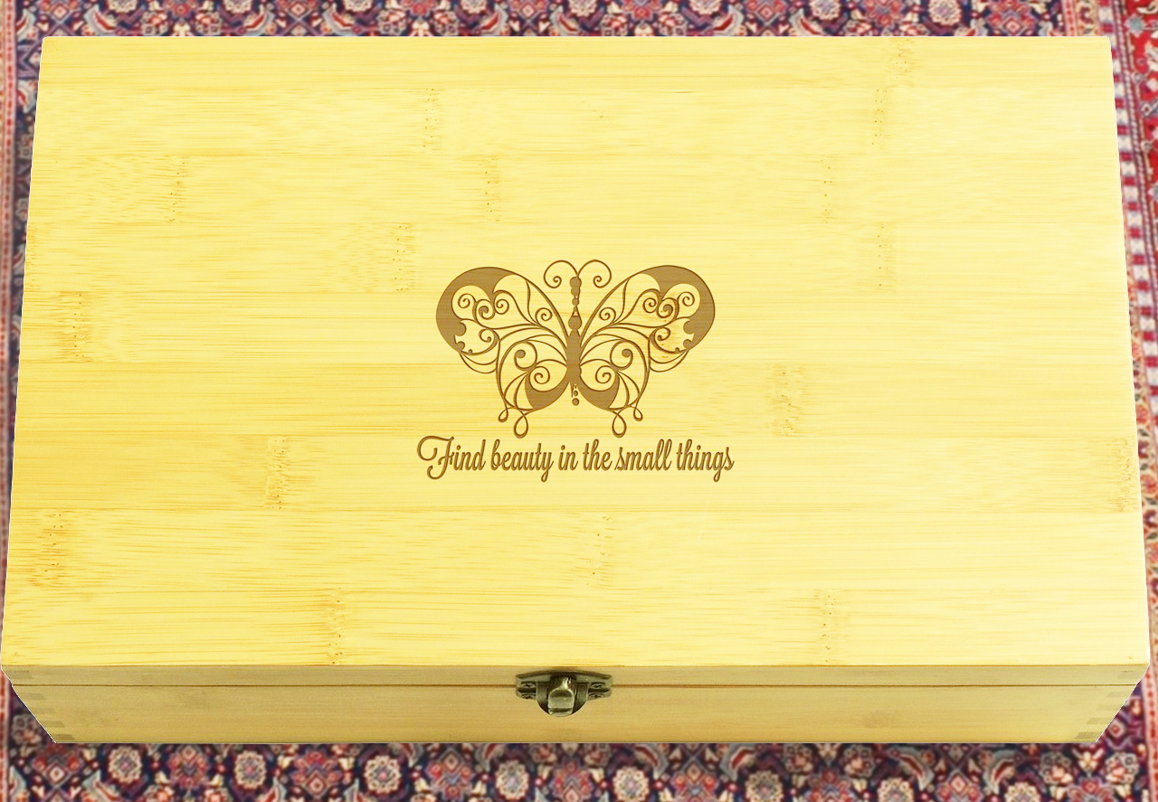 bamboo box with inspiring quotes