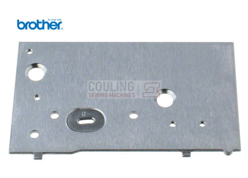 BROTHER GENUINE - NEEDLE PLATE Innov-is NV 700e 750e XD1622051