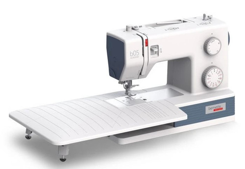 Bernette B 05 Academy Sewing Machine Robust High Speed + Table