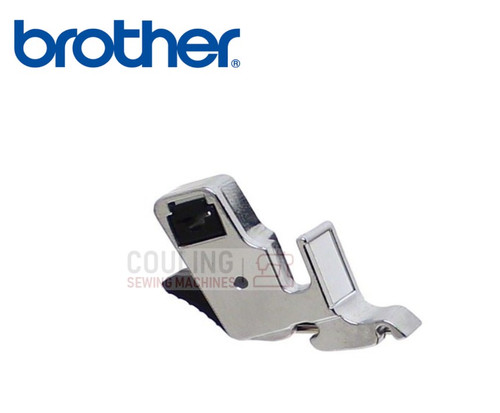 BROTHER Standard Foot Holder Low Shank - XE2555101