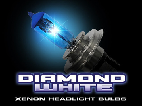 9006 (4,600 KELVIN) Headlight Bulbs Diamond White Low Beam (649006DW)