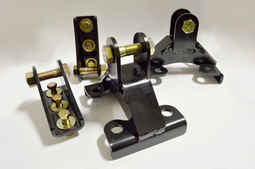 Professional Grade Duramax Traction Bar Brackets ONLY (2001-2010) (200904-PG)