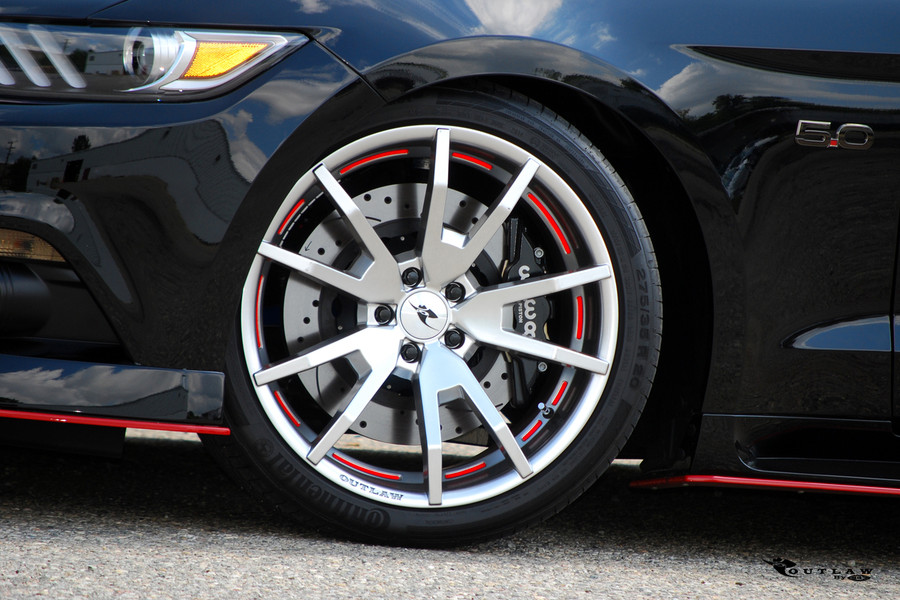 2015-19 Mustang Outlaw Wheel Set