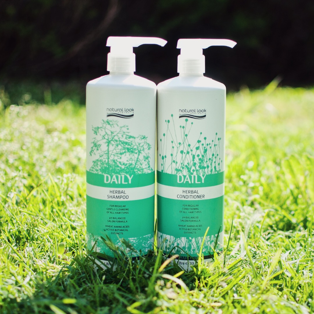 Daily Herbal Shampoo product image
