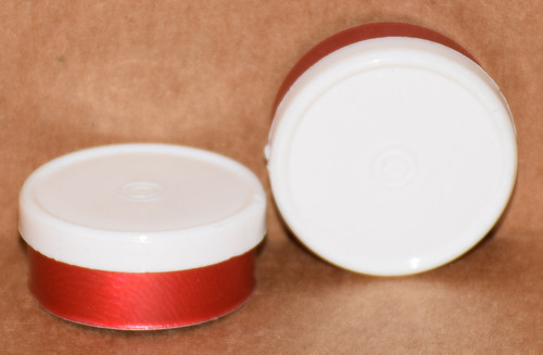 20mm White On Red Aluminum Plain Flip Off Seals - 100 Pack