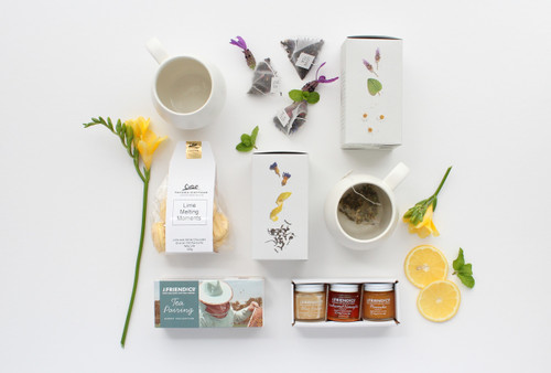 Gift Basket NZ | Willow & Wolfe | Cuppa Tea Love? Gift Hamper
