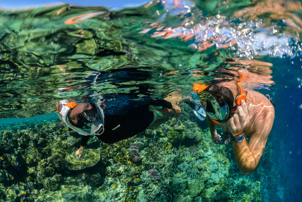 SNORKELING COMMUNICATION UNITS